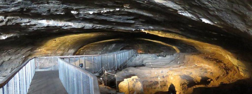 1,8 millió éves emberi nyomokat találtak a Wonderwerk-barlangban